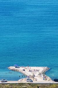 Zaton beaches